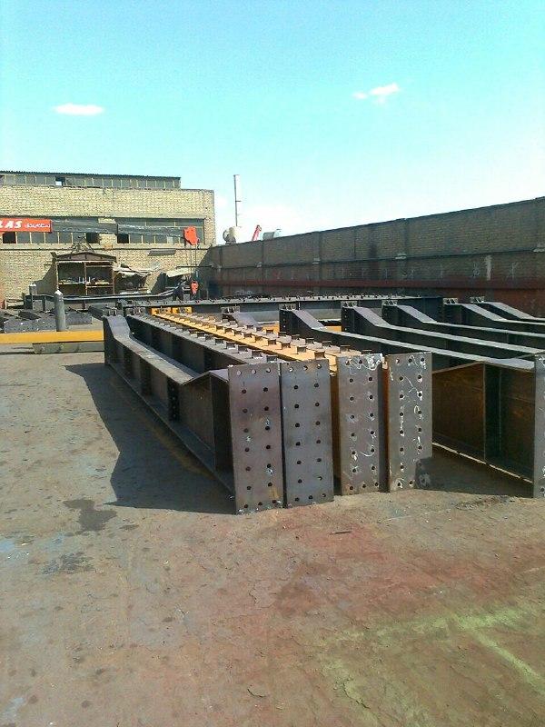 ساخت اسکلت فلزی پیچ ومهره مجتمع تجاری پردیس کرمان